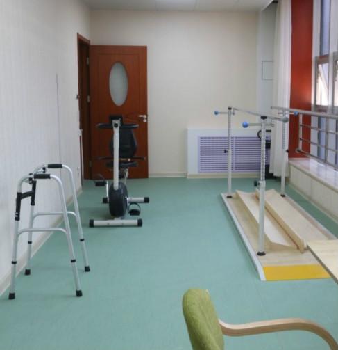 养老服务中心(起凤街易照护)